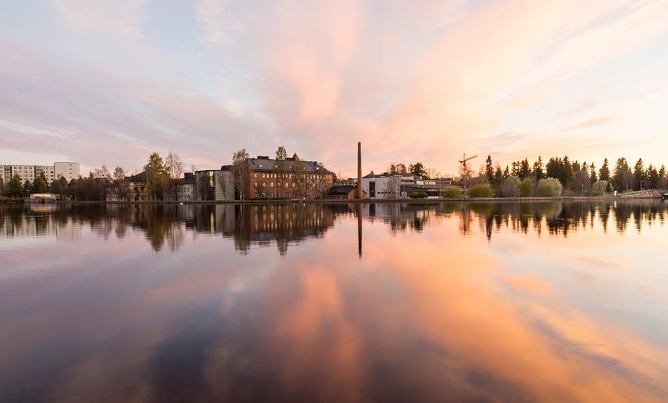 Banachin algebra ja sen sovellukset esillä Oulussa