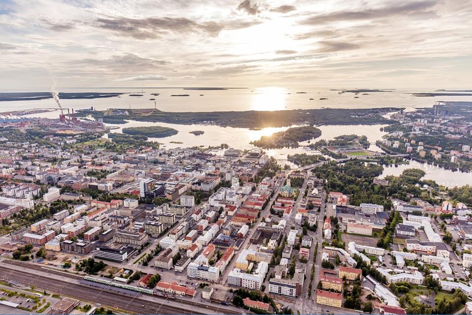 Oulun seudun ICT-yritykset rekrytoineet ennakoitua enemmän 2018-2019