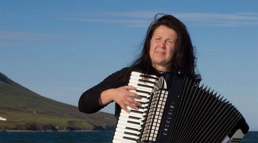 Mahdollisuus hakea mukaan luovaan hotspottiin - Vaka Folk Arts Festival, Akureyrissa, Islannissa