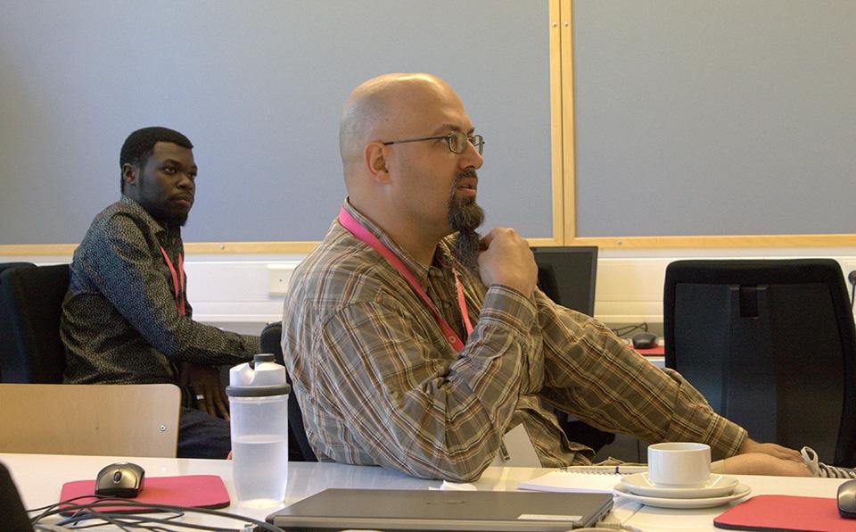 Maahanmuuttajat yrittäjyyttä tukevassa koulutuksessa