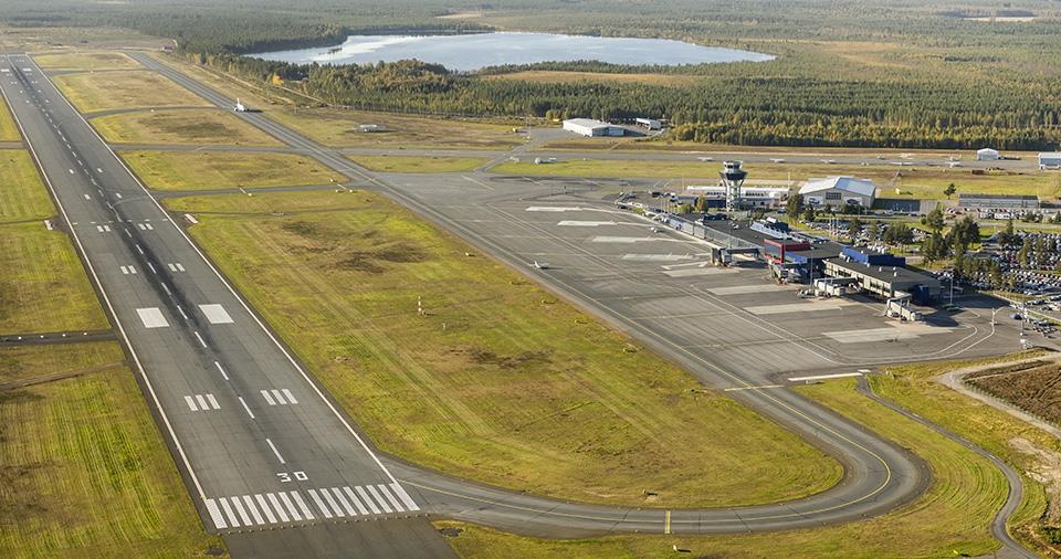 Oulun kiitotietieremontti etenee aikataulussaan – juhannukseen saakka pääsee lentoon kotikentältä