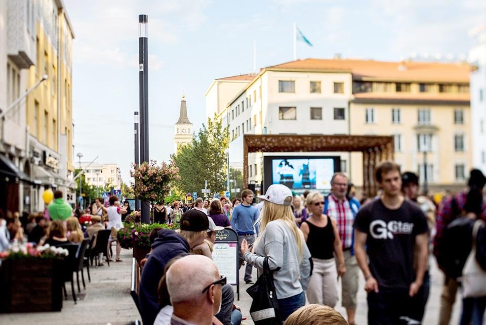 Keskittämisellä tehoa kaupungin markkinointiin