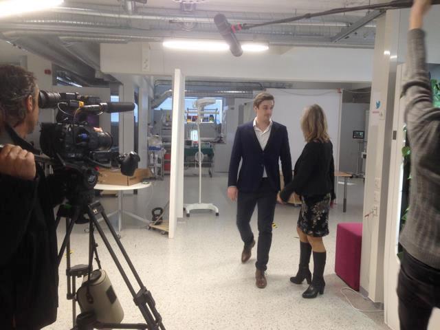 Ranskalainen TV-ryhmä kuvasi OuluHealth Labseissa