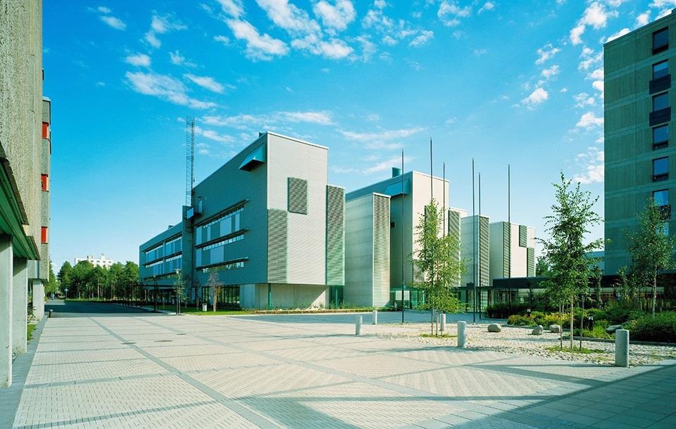 Korkeakoululähtöinen yrittäjyys Oulun yrittäjyysekosysteemissä