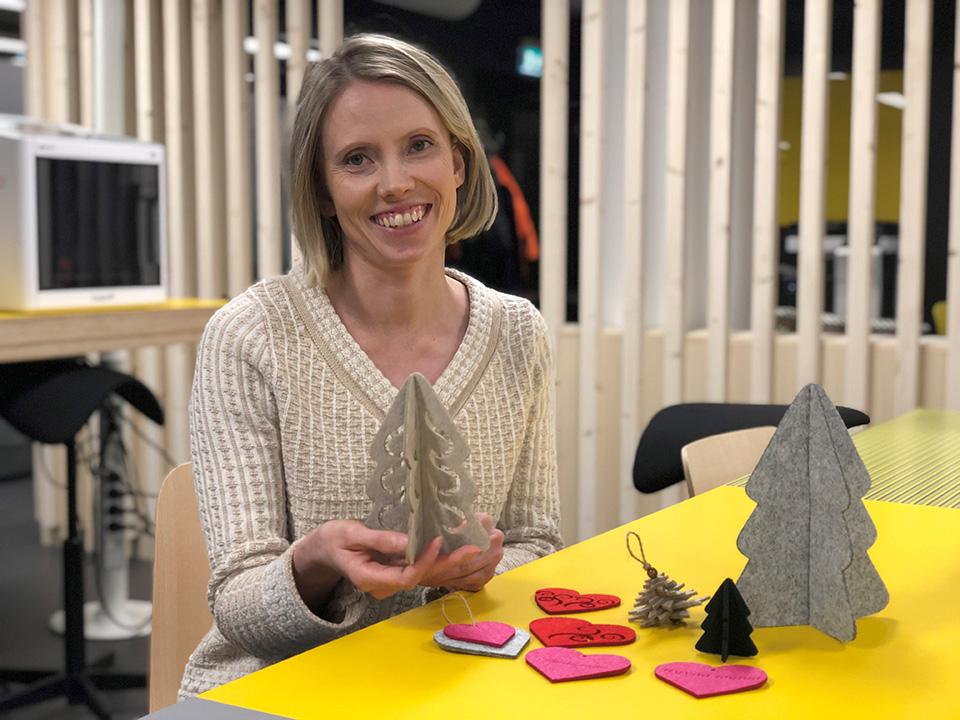 BusinessAseman FabLabissa valmistat käsintehdyt lahjat pukinkonttiin